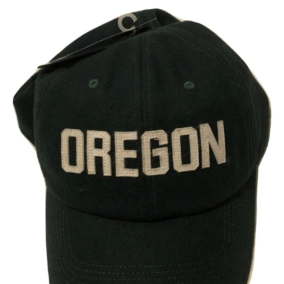 low priced 8da4e 92153 Oregon Ducks Nike H86 Prep Flex-Fit Hat. NWT